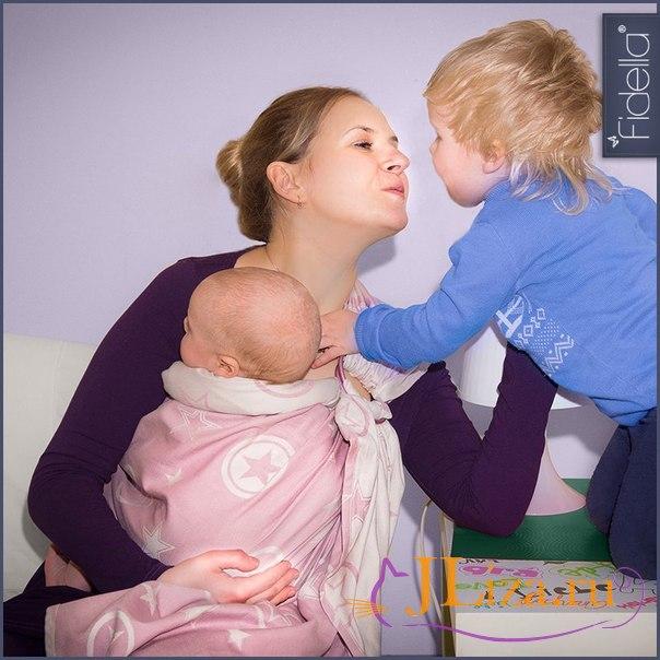 Какие прививки делают новорожденным до года